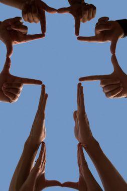 cross-hands-2